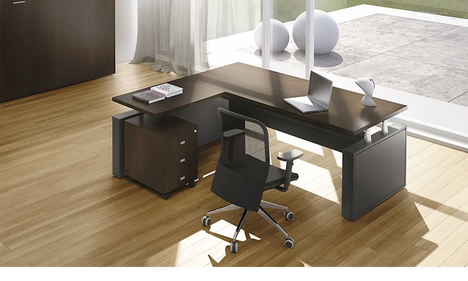 Only italian office furniture listed on for Office design zimbabwe