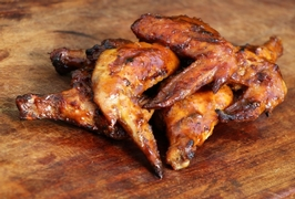 Pogo's BBQ Sticky Chicken Wings